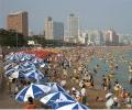 釜山大海开放!10万避暑游客集聚在釜山海水浴场!